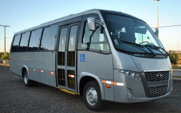 Micro ônibus 28 lugares